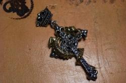 フランメルの十字架にかけられた蛇