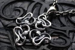 蛇の環 ペンダント